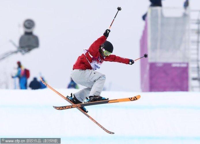 [高清组图]冬奥女子坡面障碍赛 加拿大豪厄尔夺冠
