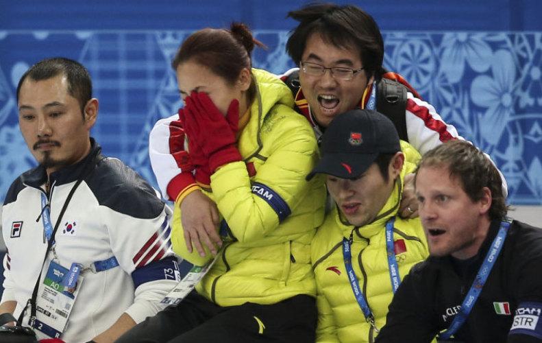 [高清组图]李琰喜极而泣 韩国教练看呆了