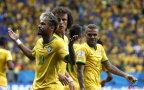 [高清组图]内马尔两球 巴西4-1大胜喀麦隆夺头名