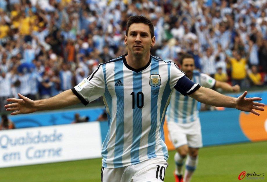 [高清组图]梅西独中两元 阿根廷3-2胜尼日利亚