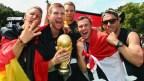 [高清组图]德国国家队凯旋 上万球迷欢庆胜利