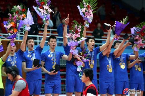 上海男排总分3-0胜北京 成功卫冕成就12冠霸业