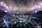 [高清组图]伯纳乌球场举办庆典 C罗高举皇马围巾