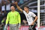 [高清组图]格策造乌龙穆勒进球 德国2-0匈牙利