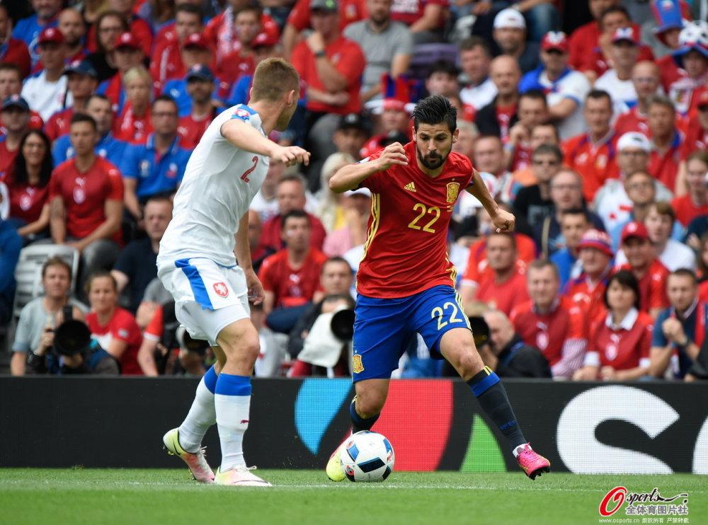 [高清组图]欧洲杯-西班牙1-0绝杀捷克 皮克建功