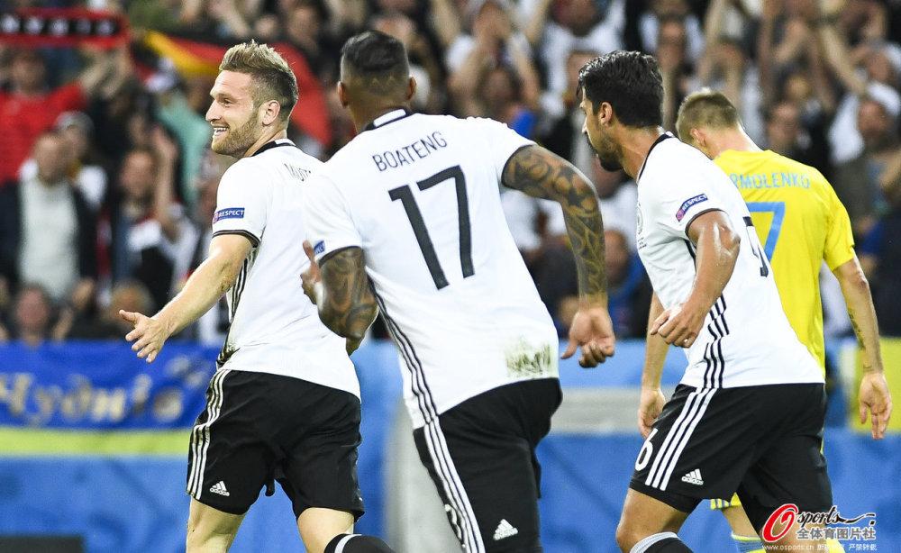 [高清组图]欧洲杯-铁卫破门小猪进球 德国开门红