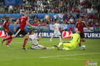 [高清组图]欧洲杯-匈牙利2-0战胜10人奥地利