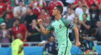 [高清组图]欧洲杯-C罗2射1传 葡萄牙3-3惊险出线