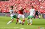 [高清组图]欧洲杯-威尔士1-0北爱尔兰 贝尔造乌龙