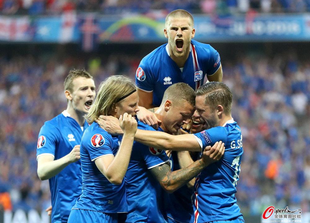 欧洲杯-冰岛爆冷2-1逆转英格兰