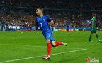 [高清组图]欧洲杯-法国5-2冰岛进4强 吉鲁2球