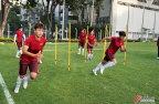 [高清组图]中国女足训练备战 布鲁诺言传身教