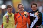 [高清组图]范德布雷根夺得女子自行车公路赛冠军
