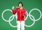 [高清组图]中国选手向艳梅夺得举重69公斤级金牌