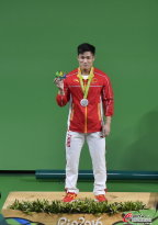 [高清组图]举重男子77kg级-中国吕小军夺银