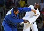 [高清组图]男柔100公斤以上级法国选手夺得冠军