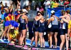 [高清组图]女子八人单桨有舵手:美国队夺冠