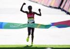 [高清组图]女子马拉松:肯尼亚夺金 巴林获银牌