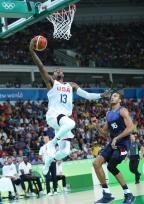 [高清组图]男篮小组赛美国100-97胜法国拿5连胜