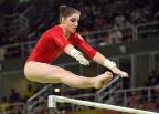 [高清组图]体操女子高低杠 商春松第5俄罗斯摘金