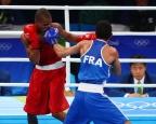 [高清组图]拳击60公斤级决赛 东道主胜法国夺冠