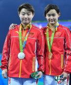 [高清组图]任茜摘女子10米台金牌 司雅杰获银牌