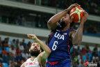 [高清组图]杜兰特14+8 美国男篮擒西班牙进决赛
