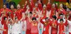 [高清组图]中国女排3-1战胜塞尔维亚问鼎冠军