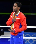 [高清组图]男拳75公斤级古巴洛佩兹夺得金牌