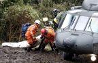 [高清组图]载巴西球员飞机坠毁 大批遇难者遗体被找到