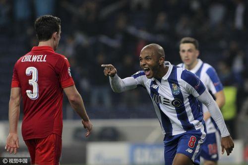 欧冠-波尔图主场5-0大胜莱斯特 两队携手出线