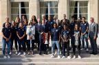 [高清组图]里昂女队卫冕欧冠冠军 获总统接见