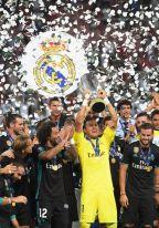 [高清组图]C罗替补皇马2-1曼联夺得欧洲超级杯