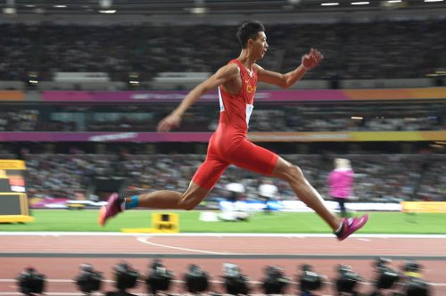 三级跳固)�_世锦赛三级跳美国名将夺冠 吴瑞庭获第9表现抢眼