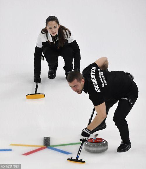 [高清组图]冰壶混双三四名决赛 俄冰壶队获铜牌