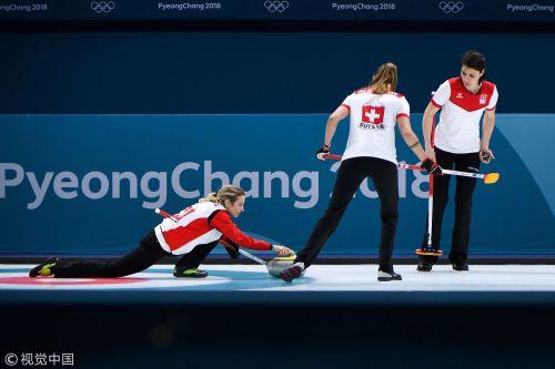 [高清组图]女子冰壶加拿大逼日本认输 瑞典遭首败