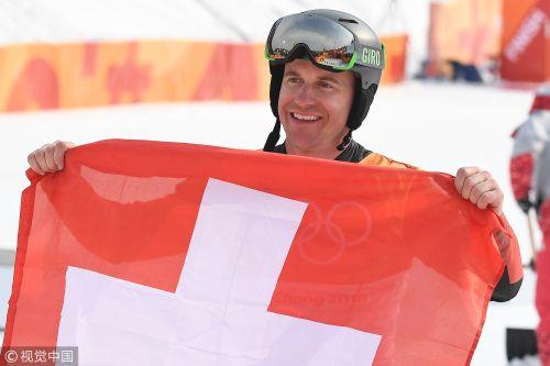 [高清组图]单板滑雪男子平行大回转 瑞士选手夺冠