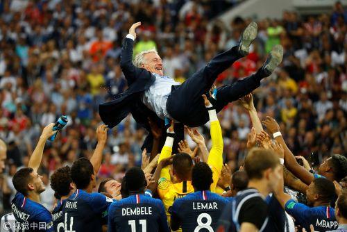 世界杯-博格巴姆巴佩破门 法国4-2克罗地亚夺冠