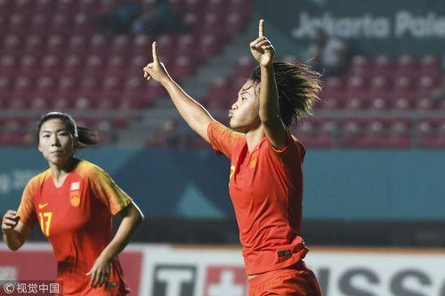 [高清组图]亚运女足-王霜帽子戏法 中国5-0泰国