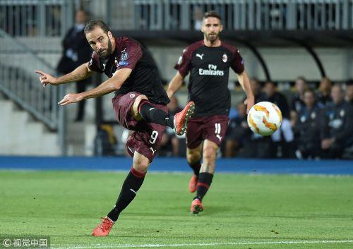 欧联杯-伊瓜因连场破门博里尼中柱 米兰客胜黑马