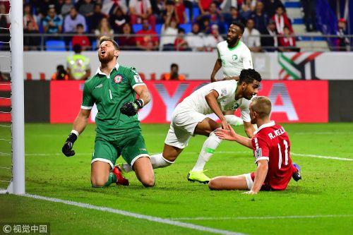 沙特2-0黎巴嫩出线两战全胜进六球零失球