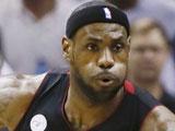 <a href=http://sports.cntv.cn/2013/06/14/VIDE1371182521916138.shtml target=_blank><font color=#a9e2f3>[NBA]总决赛6月14日:热火VS马刺 詹姆斯集锦</font></a>