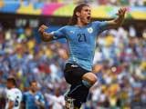 [世界杯]卢加诺禁区内倒地获点球 卡瓦尼一蹴而就
