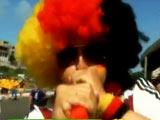 [我爱世界杯]德国葡萄牙大战 双方球迷全情投入