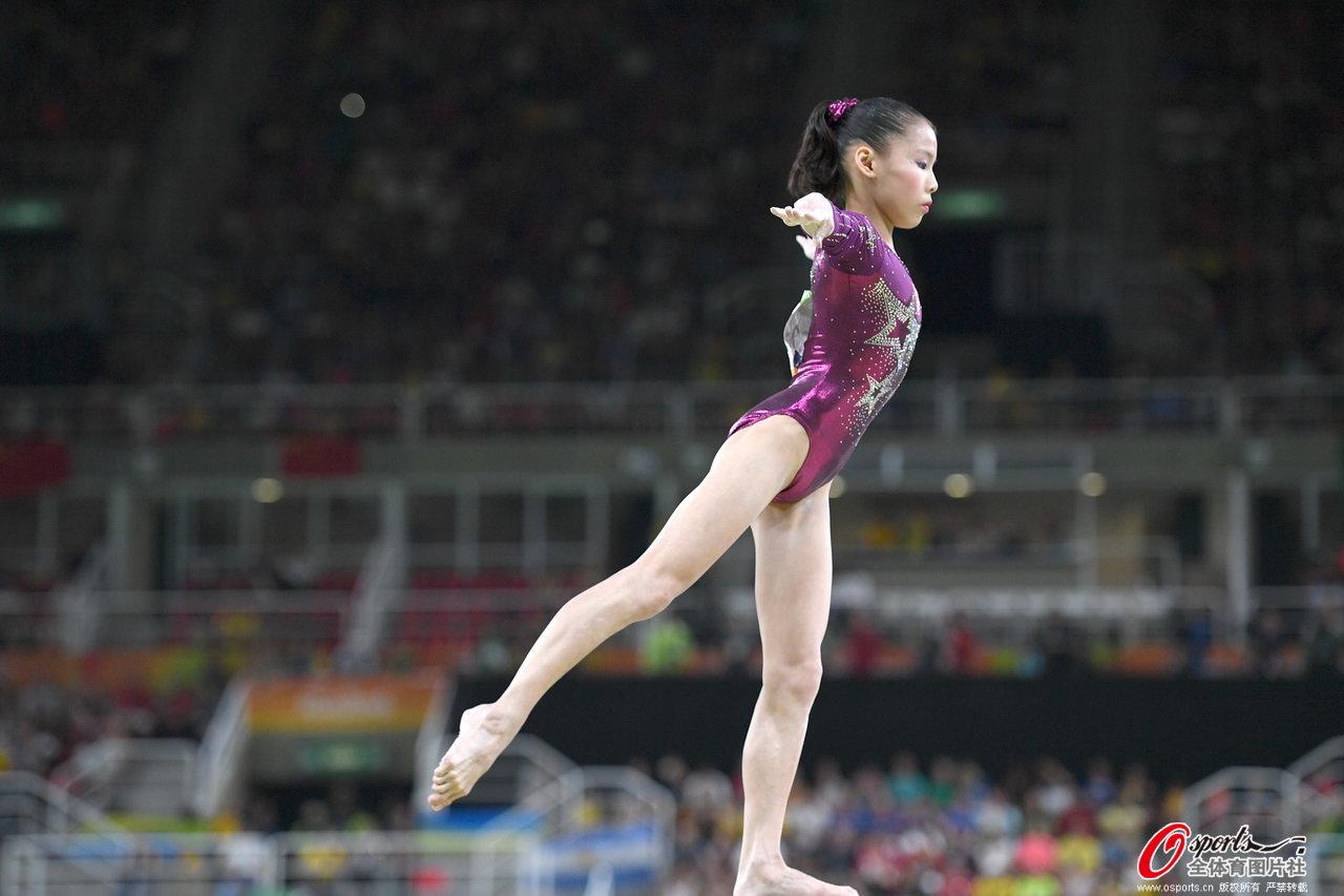 [高清组图]体操女团卫冕冠军美国夺冠 中国摘铜