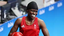 [夺金时刻]奥运女子拳击51kg级 亚当斯夺冠