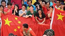 [全景奥运]女排精神继续传承 观众为中国喝彩