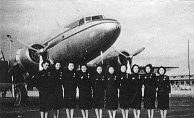 《四十年四十个第一》五十年代飞机坐不满不够起飞重量怎么办? 00:00:31