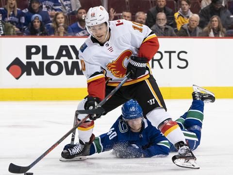 [NHL]常规赛:卡尔加里火焰VS温哥华加人 加时赛