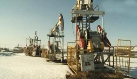 《今日关注》 20200311 疫情全球蔓延 原油战震动世界 次生灾害如何防控?